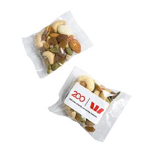 Trail Yoghurt Nut Mix 25g bag